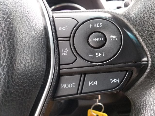 2018 Toyota Camry LE Houston, Mississippi 15