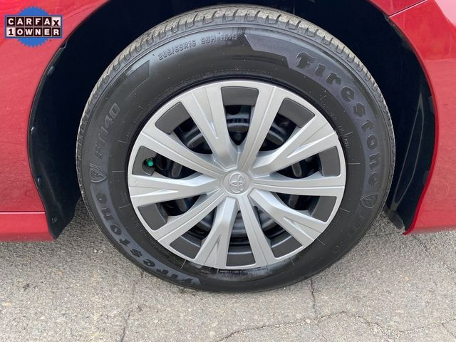 2018 Toyota Camry Hybrid LE Madison, NC 8