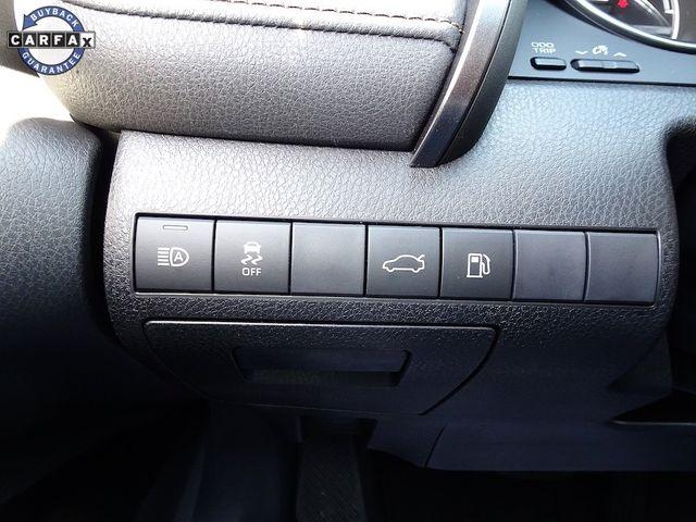 2018 Toyota Camry Hybrid XLE Madison, NC 16