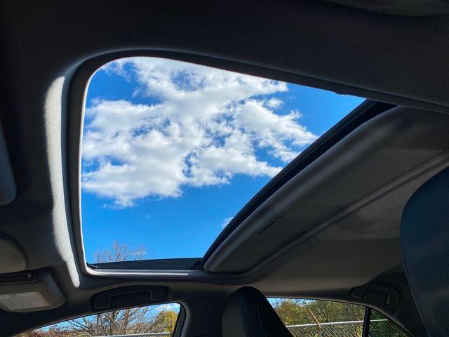 2018 Toyota Camry SE Madison, NC 34