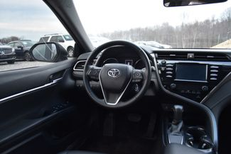 2018 Toyota Camry SE Naugatuck, Connecticut 11