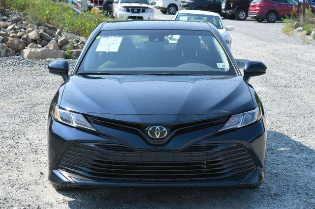 2018 Toyota Camry LE Naugatuck, Connecticut 9