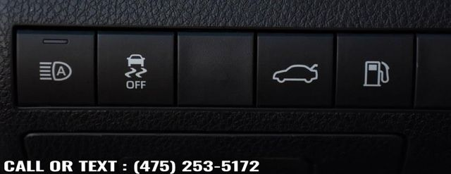 2018 Toyota Camry XLE Waterbury, Connecticut 27