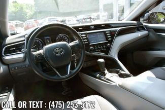 2018 Toyota Camry LE Waterbury, Connecticut 9