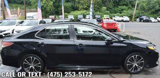 2018 Toyota Camry SE Auto Waterbury, Connecticut 2