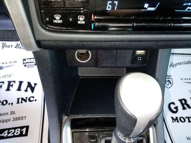 2018 Toyota Corolla L Houston, Mississippi 14
