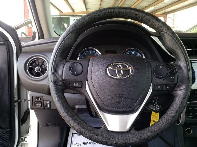 2018 Toyota Corolla L Houston, Mississippi 11