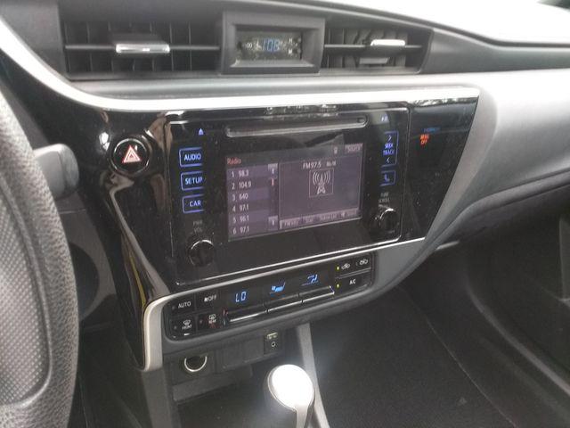 2018 Toyota Corolla LE Houston, Mississippi 9