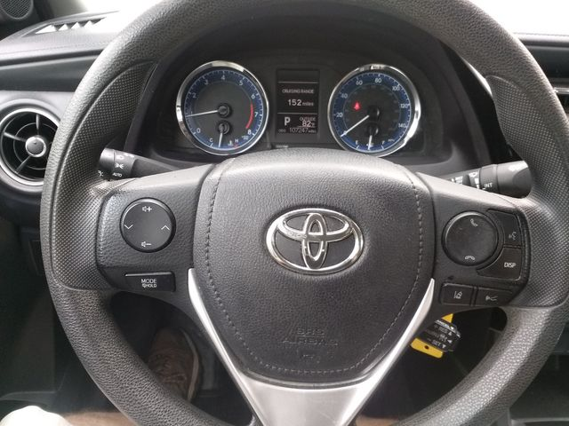 2018 Toyota Corolla LE Houston, Mississippi 8