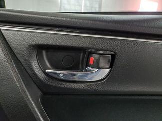 2018 Toyota Corolla LE Kensington, Maryland 33