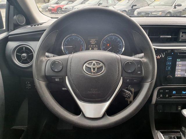 2018 Toyota Corolla LE w/Entune in Louisville, TN 37777