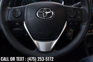 2018 Toyota Corolla LE CVT Waterbury, Connecticut 17