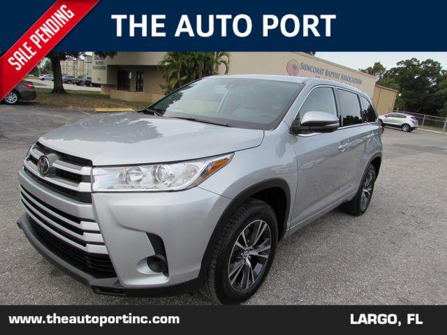 2018 Toyota Highlander LE in Largo Florida, 33773