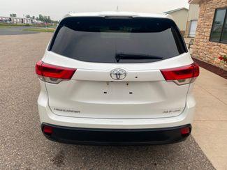 2018 Toyota Highlander XLE Farmington, MN 2