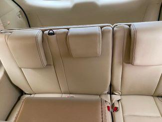 2018 Toyota Highlander XLE Farmington, MN 7