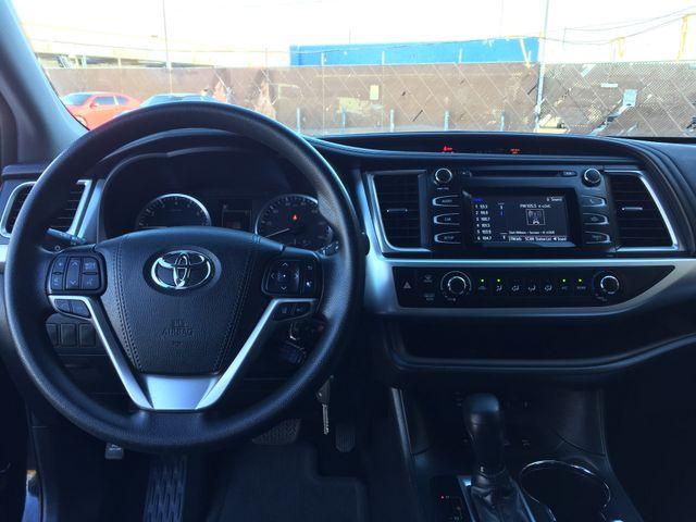 2018 Toyota Highlander LE FULL MANUFACTURER WARRANTY Mesa, Arizona 16
