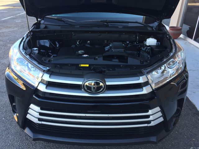 2018 Toyota Highlander LE FULL MANUFACTURER WARRANTY Mesa, Arizona 8