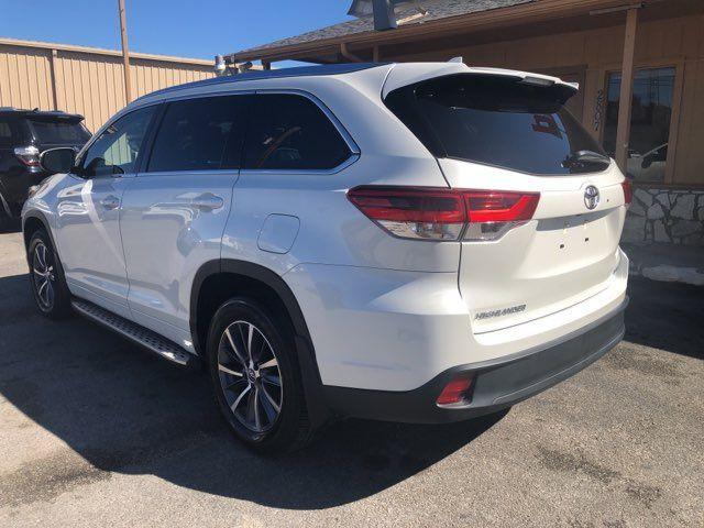 2018 Toyota Highlander XLE in Marble Falls, TX 78654