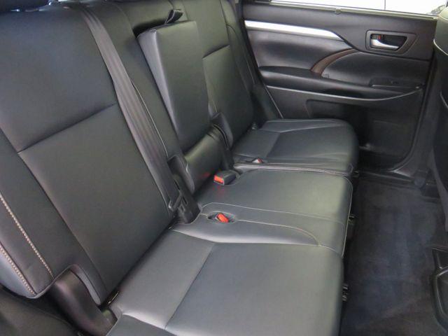 2018 Toyota Highlander XLE in McKinney, Texas 75070