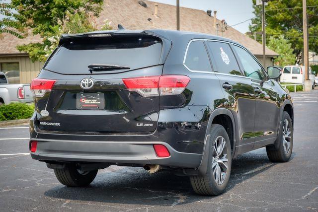 2018 Toyota Highlander LE in Memphis, TN 38115