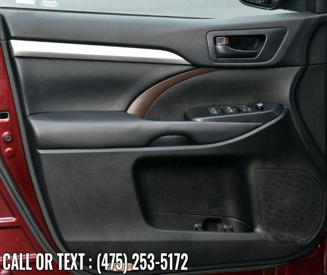 2018 Toyota Highlander LE Waterbury, Connecticut 26
