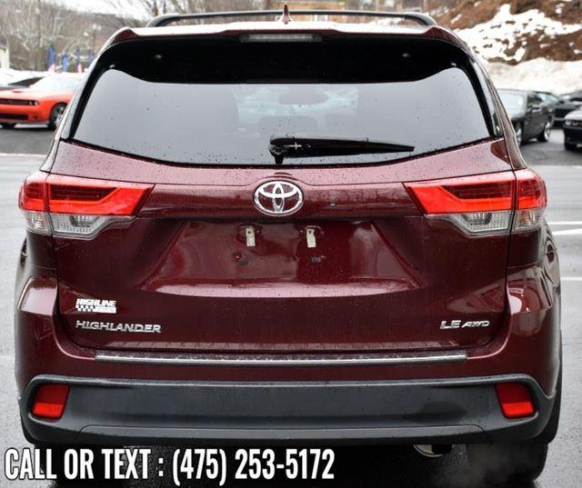 2018 Toyota Highlander LE Waterbury, Connecticut 3