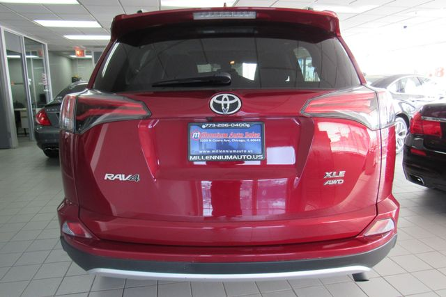 2018 Toyota RAV4 XLE W/ BACK UP CAM Chicago, Illinois 4
