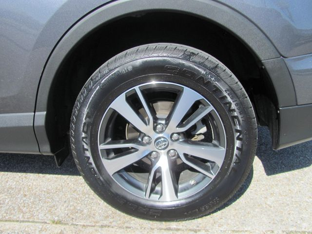 2018 Toyota RAV4 XLE Dickson, Tennessee 4