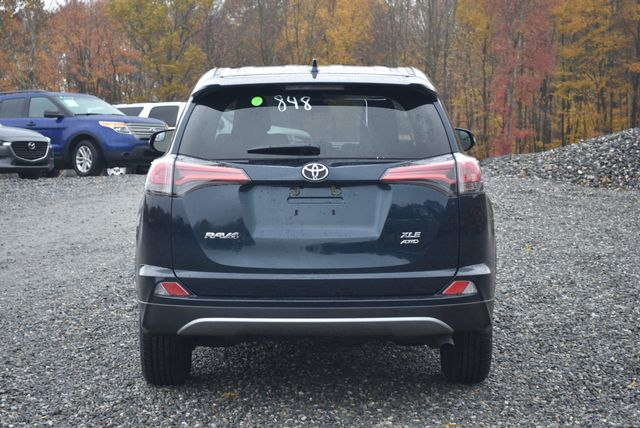 2018 Toyota RAV4 XLE Naugatuck, Connecticut 3