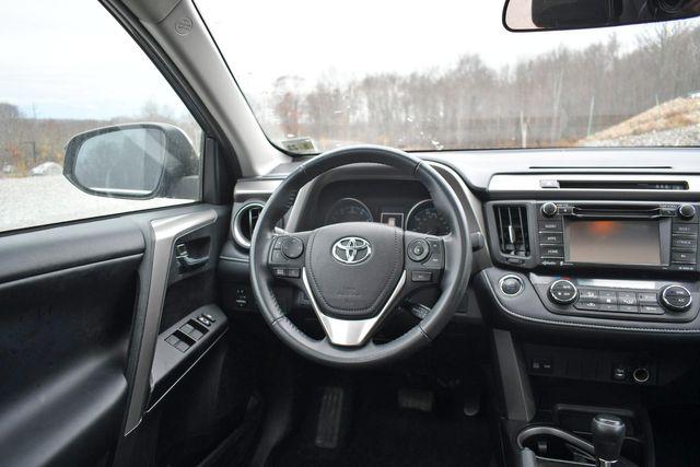 2018 Toyota RAV4 XLE Naugatuck, Connecticut 13