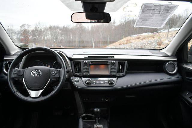2018 Toyota RAV4 XLE Naugatuck, Connecticut 14