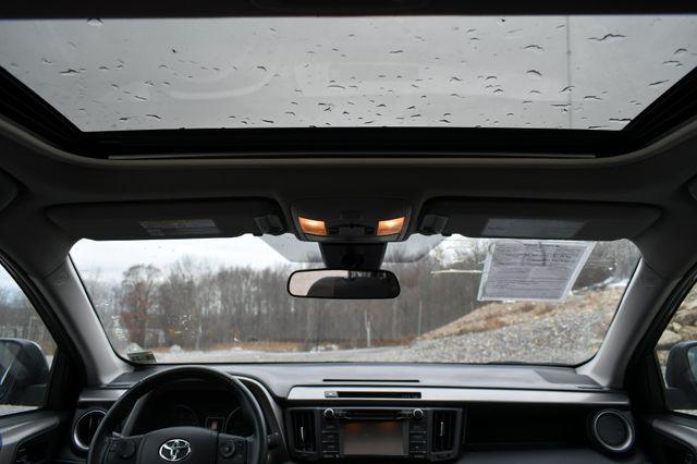 2018 Toyota RAV4 XLE Naugatuck, Connecticut 16
