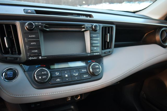 2018 Toyota RAV4 XLE Naugatuck, Connecticut 25