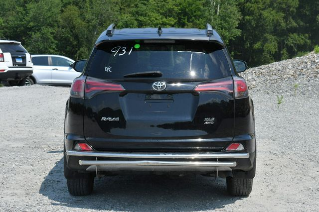 2018 Toyota RAV4 XLE AWD Naugatuck, Connecticut 5
