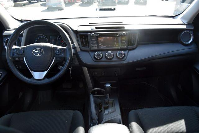 2018 Toyota RAV4 LE Waterbury, Connecticut 22