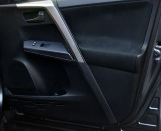 2018 Toyota RAV4 LE Waterbury, Connecticut 15