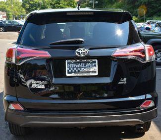 2018 Toyota RAV4 LE Waterbury, Connecticut 4