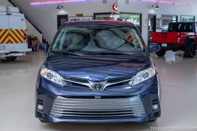 2018 Toyota Sienna XLE in Addison, Texas 75001
