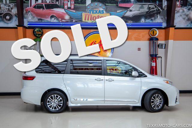 2018 Toyota Sienna XLE in Addison, Texas 75001