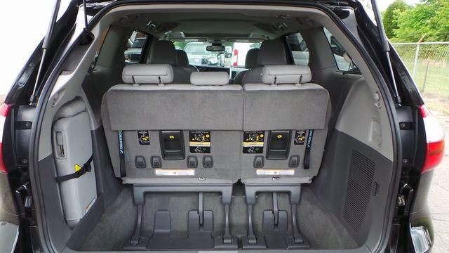 2018 Toyota Sienna XLE Madison, NC 10