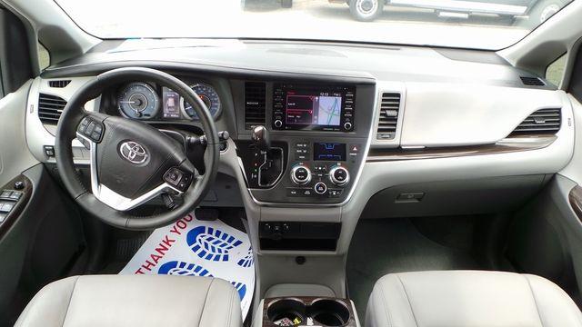 2018 Toyota Sienna XLE Madison, NC 16