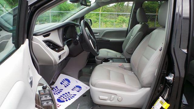 2018 Toyota Sienna XLE Madison, NC 18