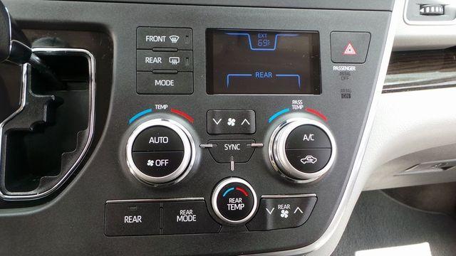 2018 Toyota Sienna XLE Madison, NC 26