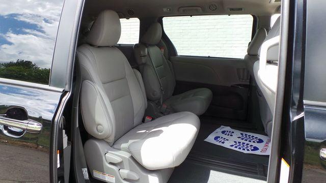 2018 Toyota Sienna XLE Madison, NC 32