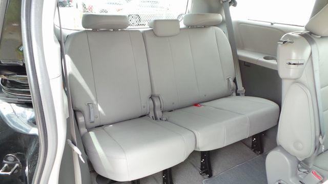 2018 Toyota Sienna XLE Madison, NC 33