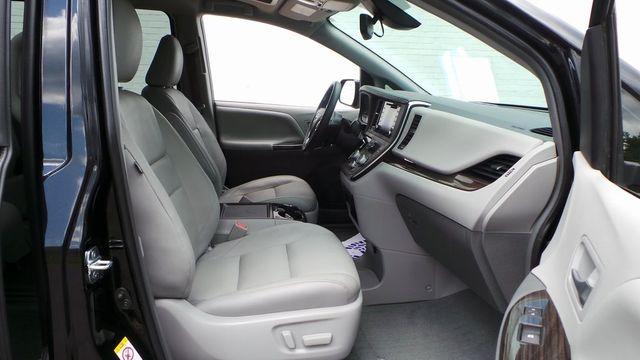 2018 Toyota Sienna XLE Madison, NC 35