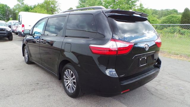 2018 Toyota Sienna XLE Madison, NC 3