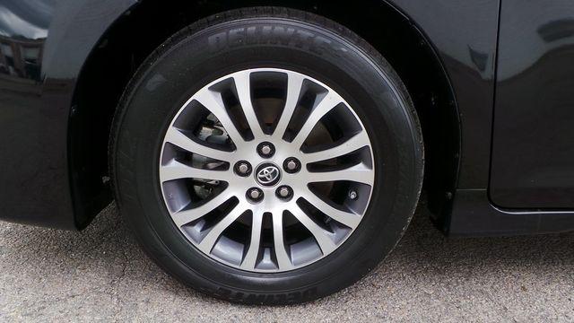 2018 Toyota Sienna XLE Madison, NC 8
