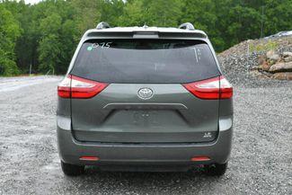 2018 Toyota Sienna LE AWD Naugatuck, Connecticut 5