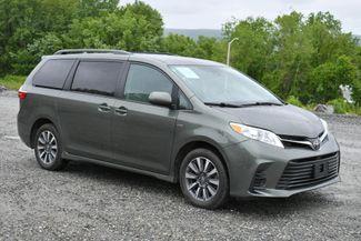 2018 Toyota Sienna LE AWD Naugatuck, Connecticut 8